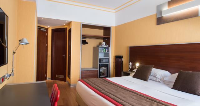 Camera Da Letto Matrimoniale A Genova.Best Western Plus City Hotel Genova Camere Per 1 O 2 Persone E Wi