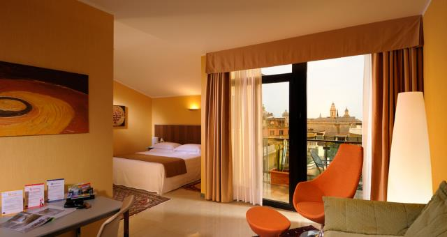 Book your stay at Best Western Plus City Hotel in Genoa and discover our beautiful Suite with panoramic terrace